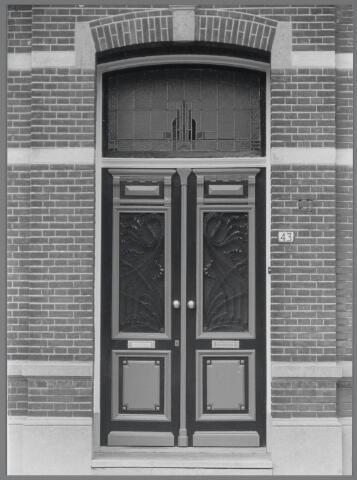 88754 - Voordeur Dorpstraat 43, Wagenberg, herenhuis gebouwd in 1926.