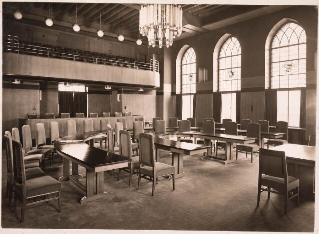032161 - Interieur van het Paleis-Raadhuis aan het Stadhuisplein