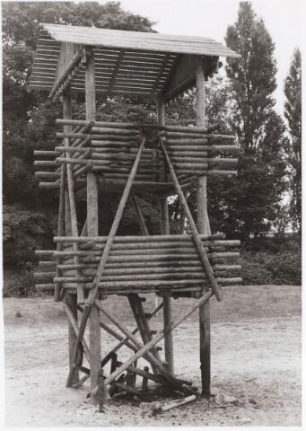030678 - Sacharias Jansenstraat. Speelplaats door brand vernield op 9 augustus 1974.