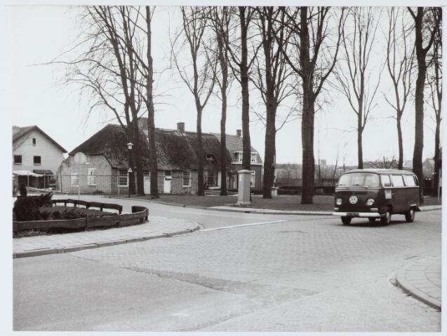 063112 - Zijgevel van het pand 't Zwaantje 22, liggende aan de Torenhoekstraat