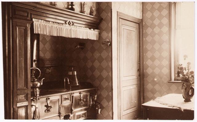 033288 - Keuken van villa Tivoli.
