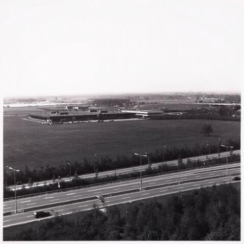 036504 - Panorama van Tilburg vanaf de bejaardenflat 't Laar.