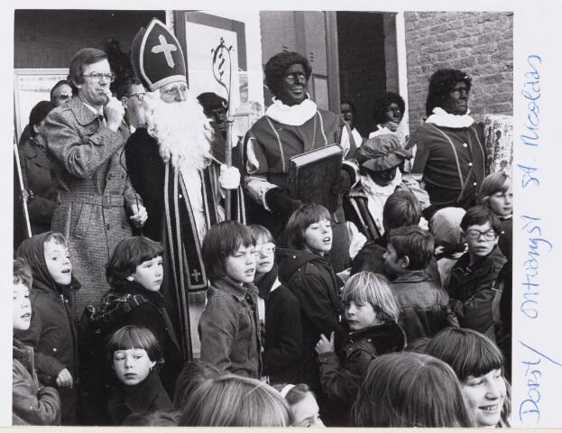 101274 - Intocht van Sinterklaas in Dorst.