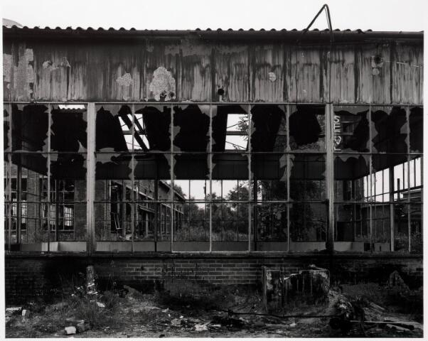 033709 - Chemische industrie. Fabriek van Chemicaliën Franken-Donders United Aniline Works, later N.V. Frado genaamd. Het bedrijf werd in 1980 opgeheven en rond 1986 gesloopt.