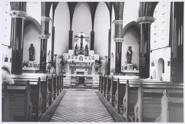 018050 - Interieur van de kapel van het Ursulinenklooster aan de Elzenstraat