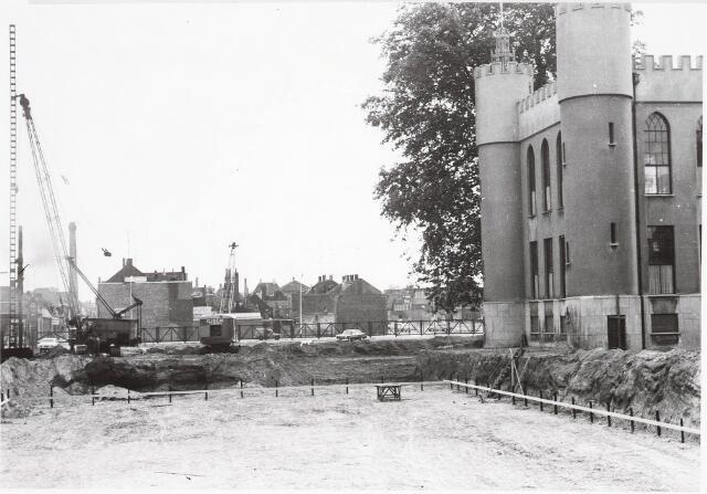 032561 - Eerste paal nieuw stadhuis: omschrijving zie documentnummer 32552