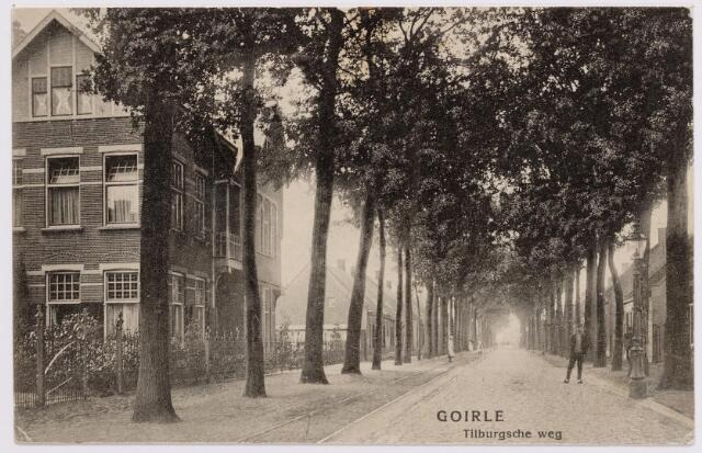 046607 - Tilburgseweg. Links de woning van burgemeester Jan Baptist Rens.