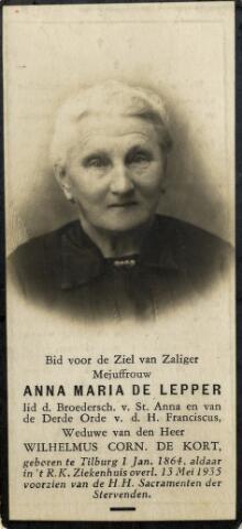 092287 - Anna Maria de Lepper geboren te Tilburg op 1 januari 1864 en aldaar overleden op 13 mei 1935, dochter van wever Johannes Cornelis de Lepper en Maria Adriana Schilders. Zij trouwde met Wilhelmus Cornelis de Kort.