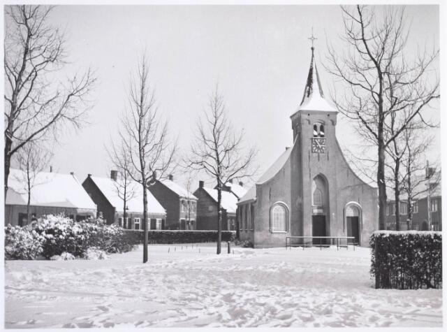 020276 - Hasseltse kapel in de winter van 1954