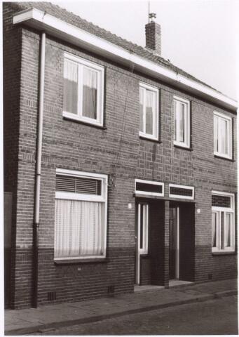 017645 - Pand Van Doorenstraat 9 (links).