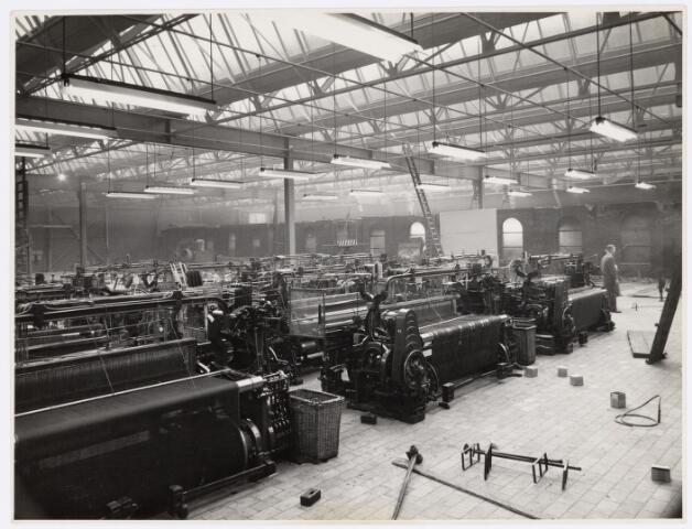 037890 - Textiel. Weverij van wollenstoffenfabriek Janssens - De Horion aan de Koestraat
