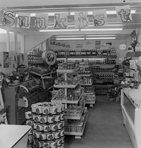 1237_013_039_001 - Winkel. Supermarkt. Kruidenier Snels Goirle