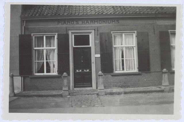 019398 - Pand Goirkestraat 41. Van 1882 tot 1908 woonde hier W.J. Reijniers