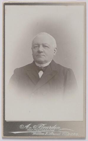 045194 - Norbertus de Beer geboren te Tilburg op 2 april 1831, aldaar overleden op 1 april 1915. Hij trouwde Johanna M.H. Donders.