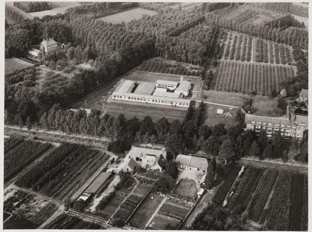 080422 - Luchtfoto's van Udenhout.