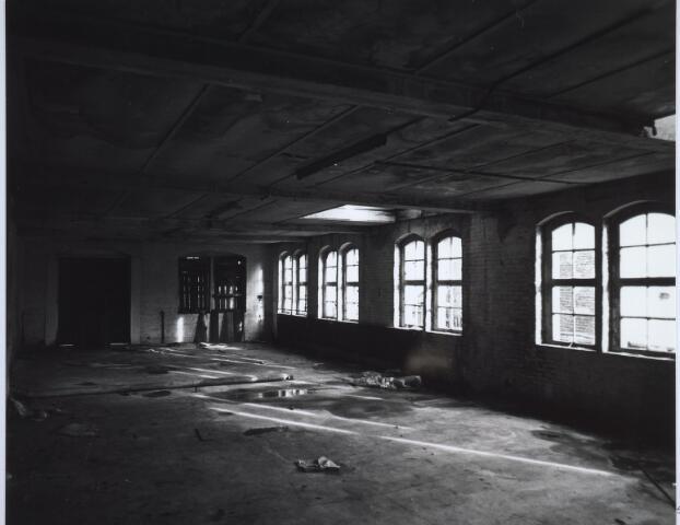 025512 - Interieur van de voormalige wijnhandel Verbunt aan de Langestraat ten tijde van de sloop begin 1978