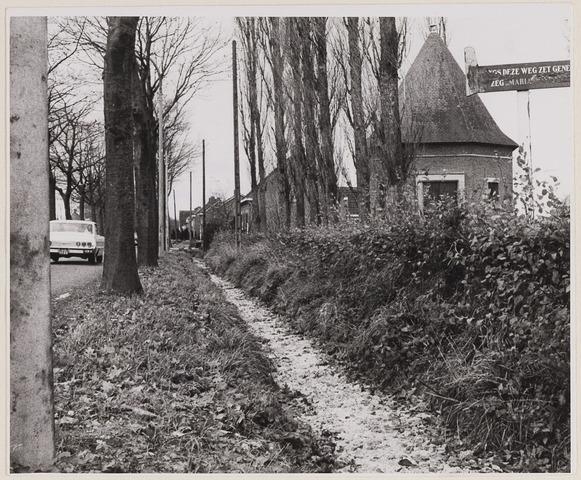084476 - Straten. Bevroren sloot naast de Turnhoutsebaan
