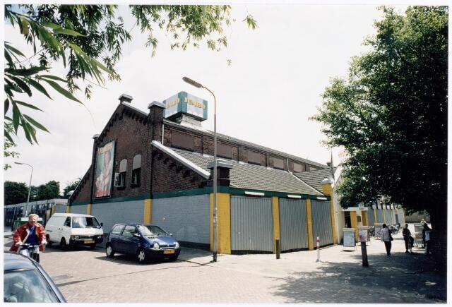 039947 - Jumbo supermarkt, gehuisvest in de voormalige parochiekerk van O.L.V. van Lourdes (Koningshoeven)