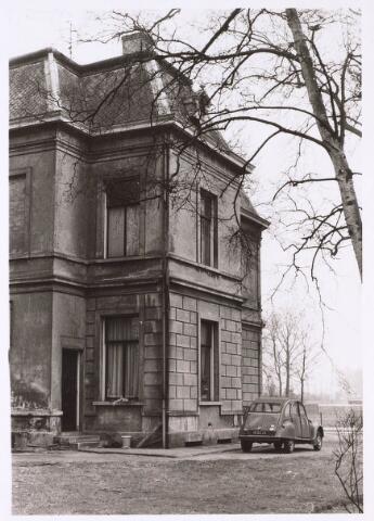 023887 - Zijgevel van de villa Koningshoeven 20 begin 1976