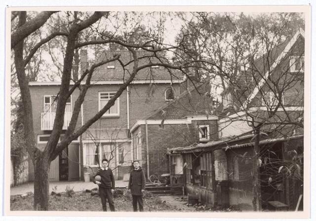 016187 - Achterzijde van het pand Bredaseweg 367 eind 1962
