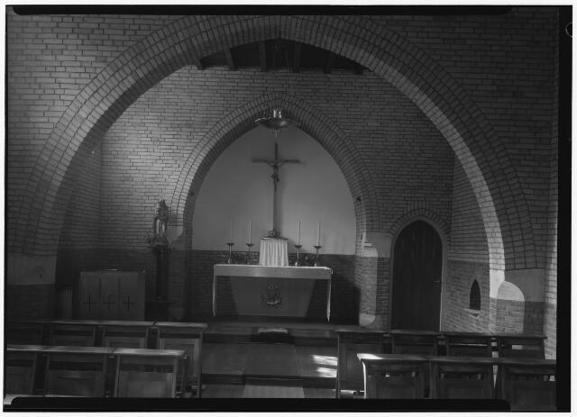 050830 - Meditatiekapel in retraitehuis O.L.V. van het Cenakel.