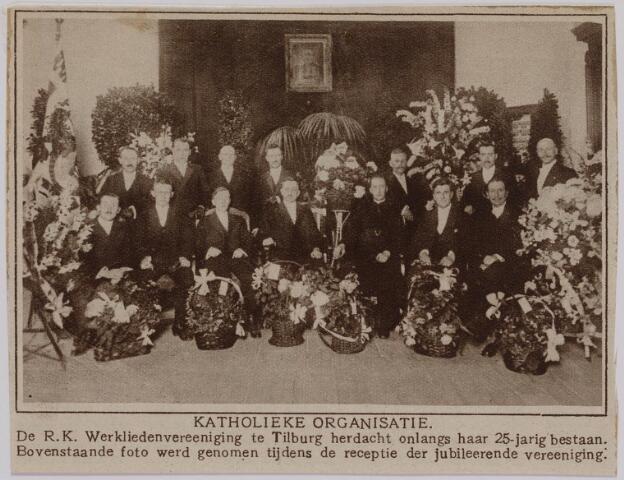 040976 - De R.K. werkliedenvereniging Tilburg herdacht het  25-jarig bestaan