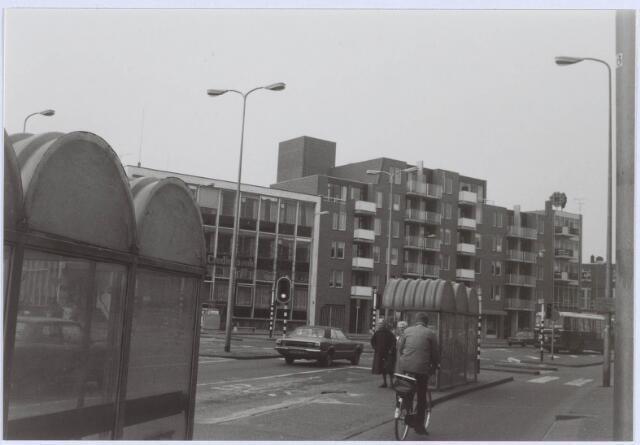 021101 - Woningcomplex aan de westzijde van de Heuvel