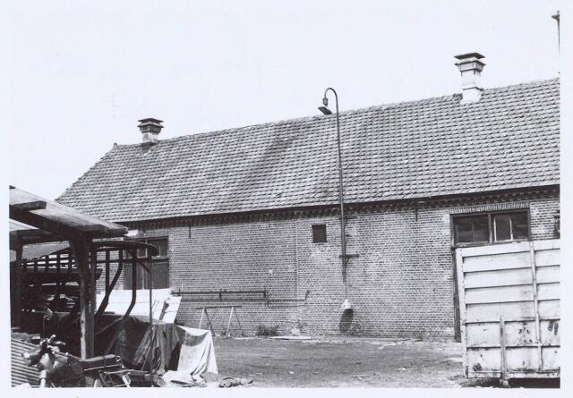 020520 - Binnenplaats van wollenstoffenfabriek De Rooij - Van Dijk aan de Hasseltstraat