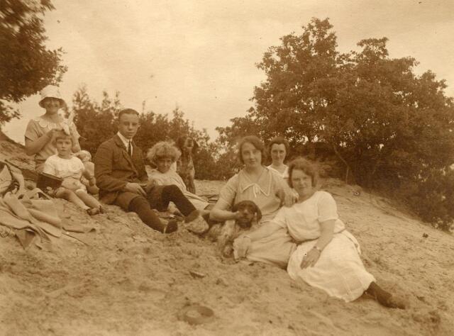 600716 - Kasteel Loon op Zand. Families Verheyen, Kolfschoten en Van Stratum