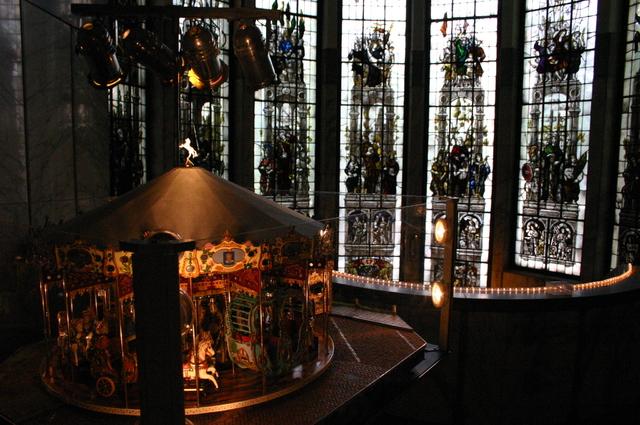 657110 - Tilburg Kermis. De kermis expo van stichting Kermis-Cultuur in het Paleis-Raadhuis in 2006. Hier is onder andere een miniatuur kermis te zien.