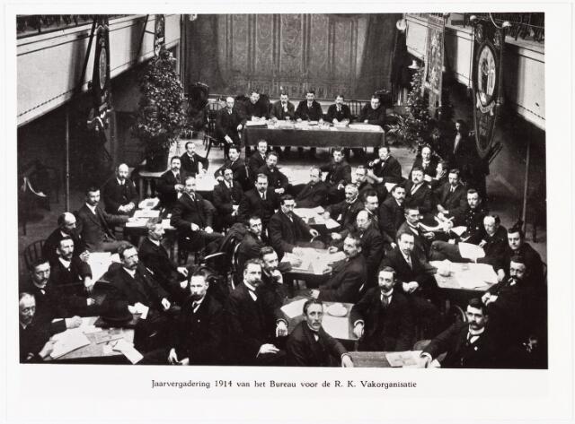 007825 - Jan van Rijzewijk. Jaarvergadering 1914 van het Bureau voor de R.K. Vakorganisatie.