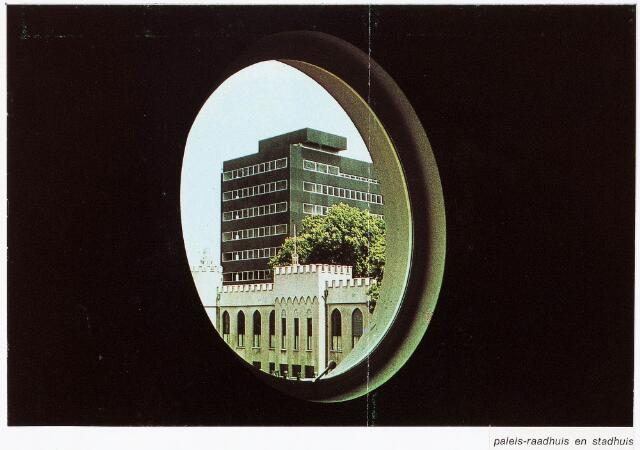 032327 - Pamflet. Doorkijk naar het paleis-raadhuis en stadhuis