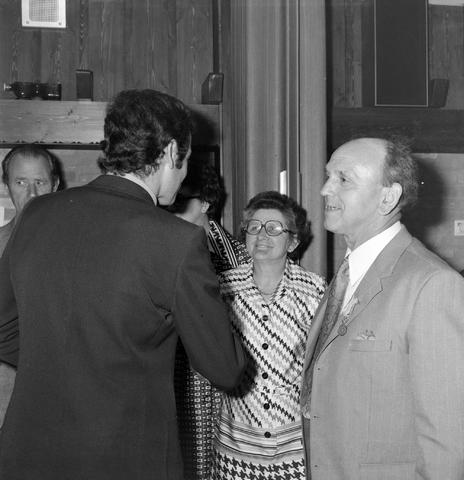 1237_012_987-1_006 - Viering van een jubileum van textiel firma Van Besouw bij restaurant Boschlust in Goirle in mei 1975.