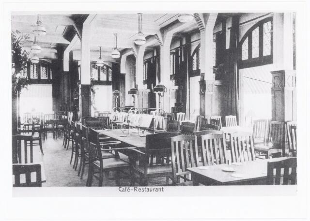 039994 - Interieur hotel, café-restaurant Riche aan de Heuvel.