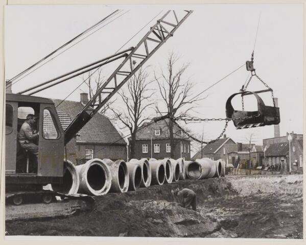 085952 - Doorbraak van de Lage Ham voor de aanleg van de Noorderlaan.
