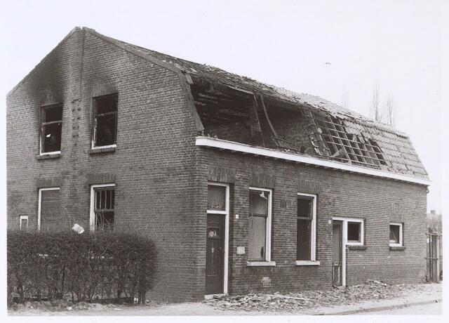 024361 - Uitgebrande boerderij aan de Beeksedijk (thans Korhoenstraat)