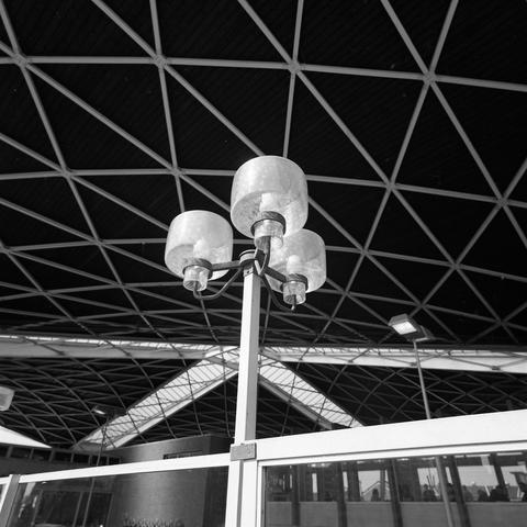 D18_4-cc52-006 - Station Tilburg