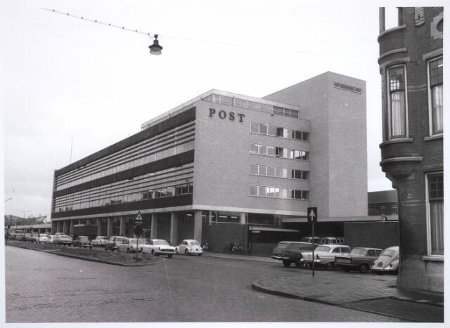 031481 - Postkantoor aan de Spoorlaan