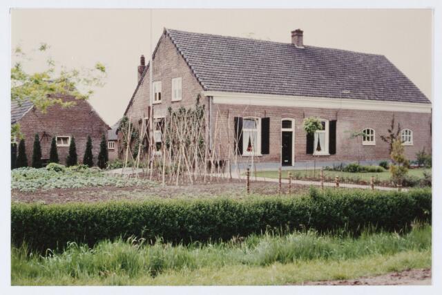 062874 - Landbouw. Boerderij van de fam J. van Pelt aan De Kraan 45