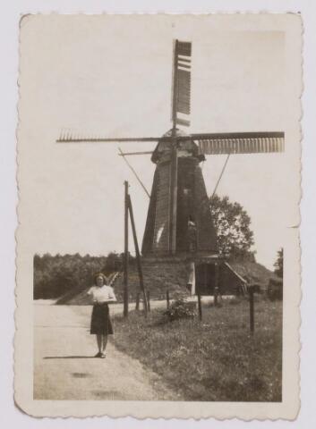 046506 - Molen aan de Nieuwe Rielseweg.