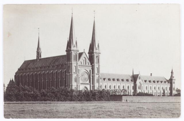 062122 - Kloosters. Abdij van Onze Lieve Vrouw van Koningshoeven aan de Eindhovenseweg 3