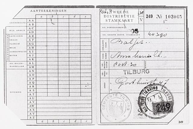 013937 - Tweede Wereldoorlog. Distributie. Distributiestamkaart ten namme van A. M. E. Baljez uit de Gasthuisstraat