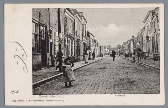 058211 - Koestraat in Geertruidenberg.