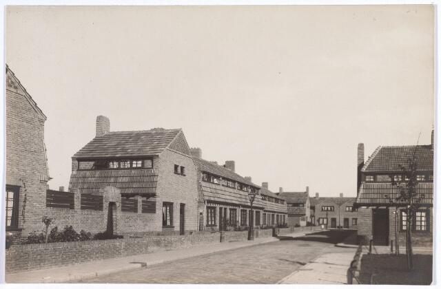 017384 - Kruising Commelinplein (rechts) en Walvisstraat