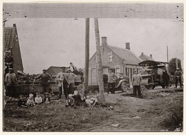 100186 - Werkzaamheden aan de Houtse Heuvel te Den Hout