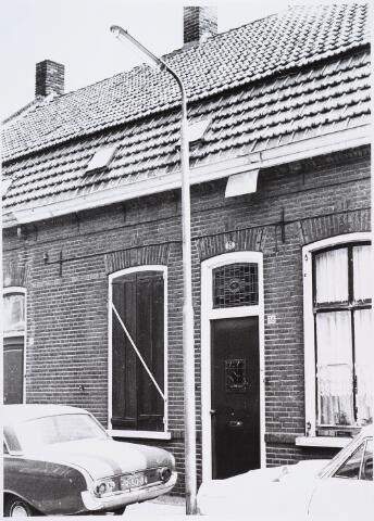 028276 - Voorgevel van het pand aan de Paterstraat 38
