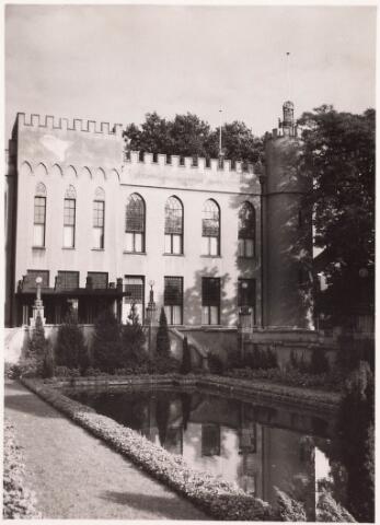 032205 - Paleis-Raadhuis aan het Stadhuisplein