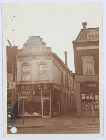 027792 - Oude Markt 2