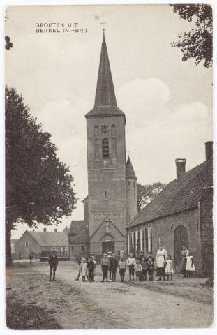 061898 - R.K. Kerk van de parochie van de H. Willibrordus aan de St. Willibrordstraat