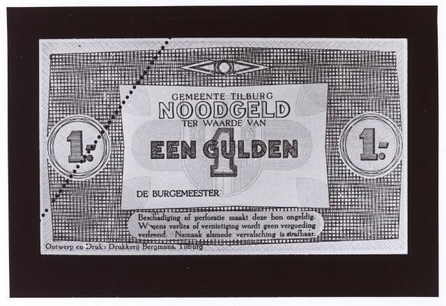 012478 - Tweede Wereldoorlog. Noodgeld. Voorzijde van een biljet van ƒ 1,-, door de gemeente Tilburg achter de hand gehouden voor noodgevallen